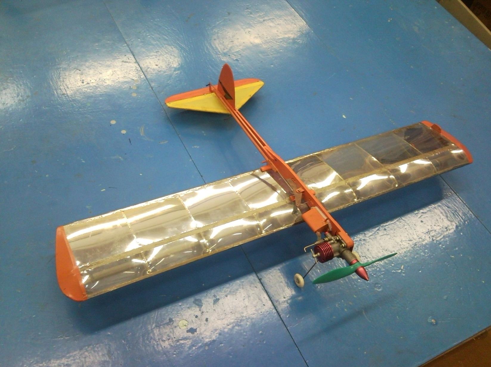 Кордовая модель самолета с электродвигателем своими руками 78