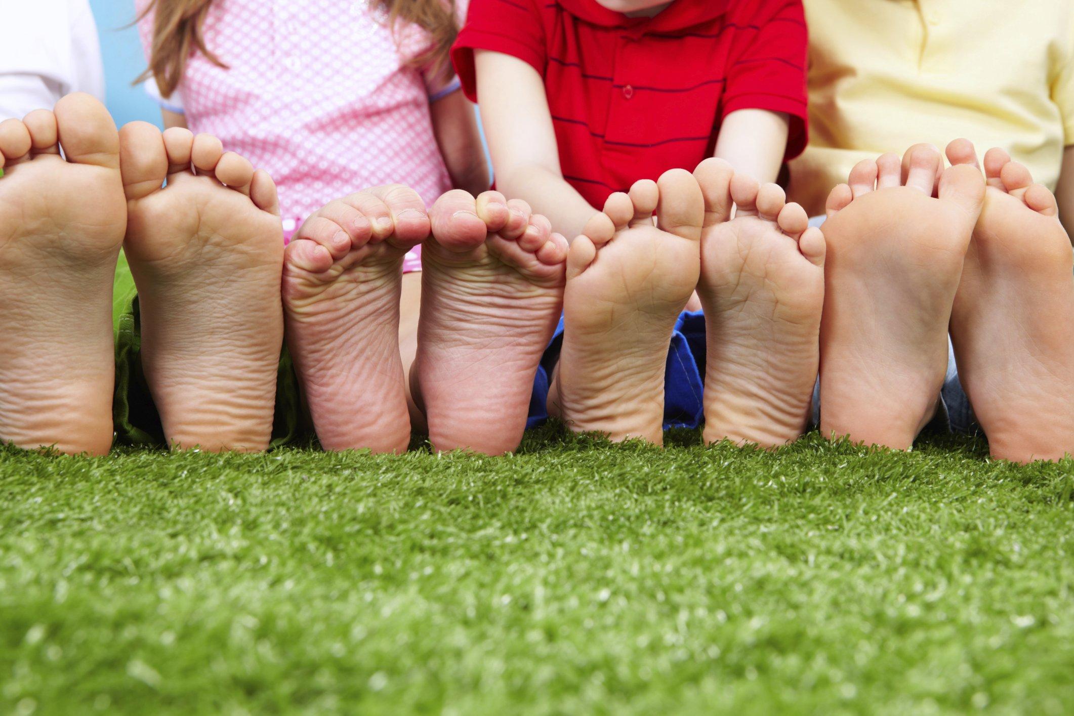Ноги у ребенка 6 лет фото