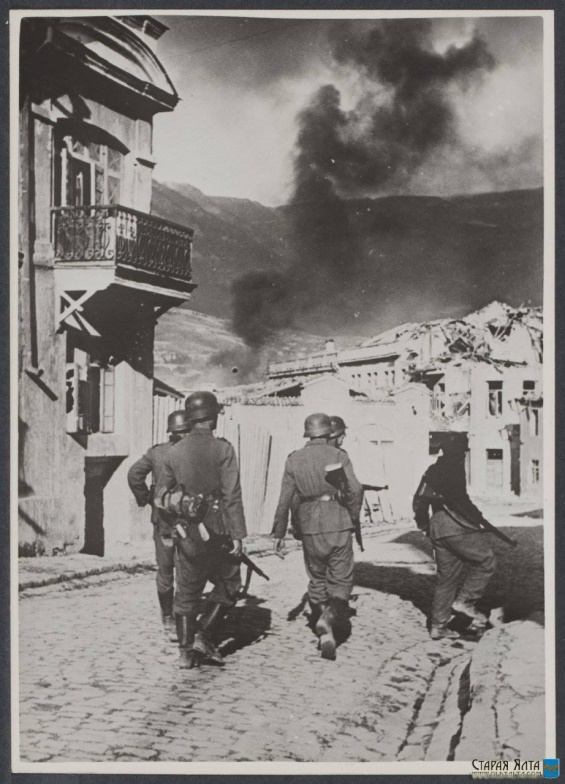 скачать книга о чем молчат львы крым алупка 1941 1944 степан щеколдин-1