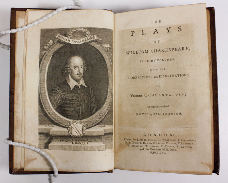 a comparison between the similarities in william shakespeares play hamlet and francis bacons essay o It will establish a wider framework in which to consider the similarities and differences between the plays (for instance hamlet play william shakespeare.