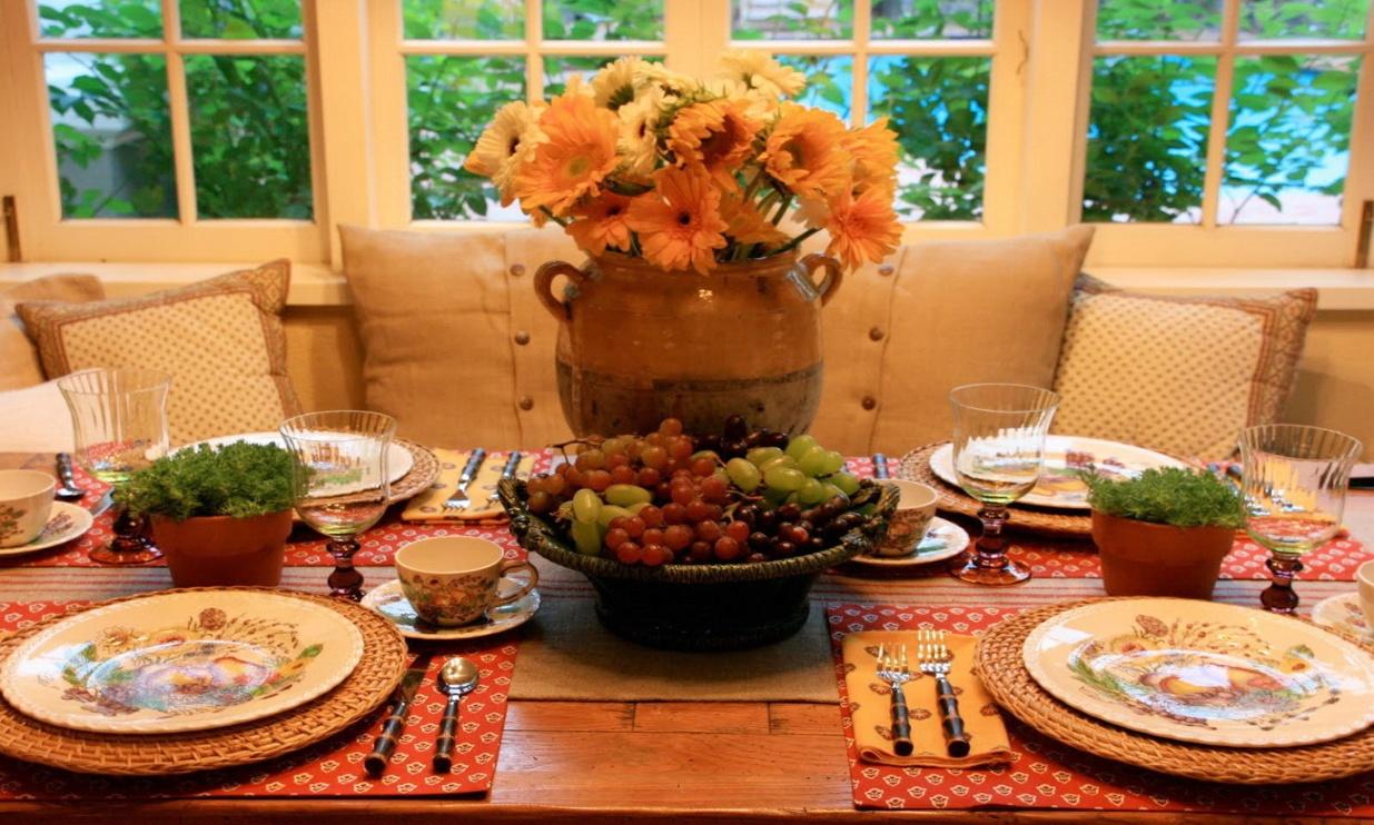 уже картинки праздничного стола на обед данном случае