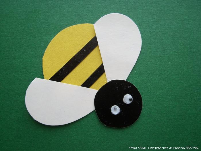 Поделка из картона пчела